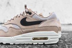 separation shoes 8d35b c00c0 NikeLab WMNS Air Max 1 Pinnacle - Mushroom   Black   Light Bone   Oatmeal