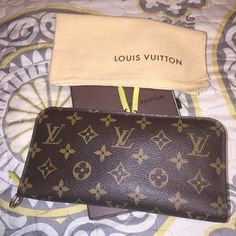 Louis Vuitton large Fleuri Insolate wallet Rare! 100% authentic! No flaws. Lightly used. Louis Vuitton Bags Wallets
