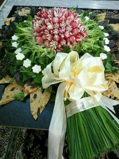Wedding Candles By Religion Meat Trays, Food Trays, Salad Design, Food Design, Persian Wedding, Irish Wedding, Food Garnishes, Fruit Arrangements, Iranian Food
