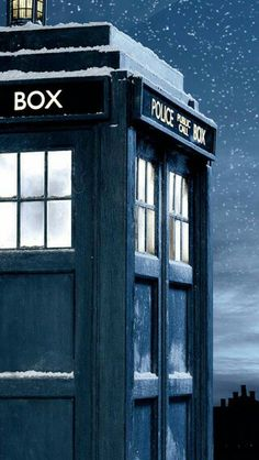 doctor who wallpaper Doctor Who Tardis, Doctor Who Art, Eleventh Doctor, The Tardis, Tardis Art, Doctor Who Wallpaper, Of Wallpaper, Nerdy Wallpaper, Tardis Wallpaper