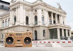 The mini-boom box made of cardboard by Bartek Elsner