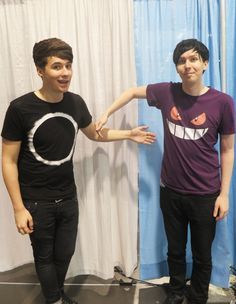 """Dan tweeted this saying """"if you didn't get to meet us at vidcon here is a picture to photoshop yourself into so you can pretend you did"""" He is always thinking about his Danosaurs."""