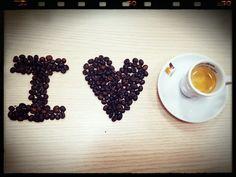 I <3 Miñana's Coffee.  Dedicado a todos los amantes del Café, porque no hay nada mejor que disfrutar de un buen Café en cualquier momento del día... desayuno, almuerzo, después de comer...