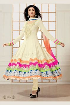 Sushmita Sen Collection -Off White Salwar kameez with Patch Work and Lace Work