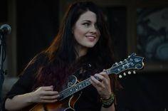 Rebecca Lovell of Larkin Poe w/Kristian Bush at Fort Knox, Kentucky 2013