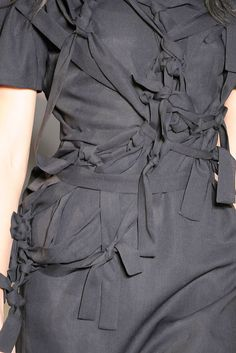 Knot Dress with draped & knotted fabric ribbon structure; fashion details // Jil Sander