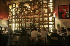 Nostrana - Seasonally influenced Italian dishes, including popular thin-crust pizzas, in lodgelike digs.