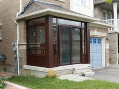 Conner porch enclosure at front of house House With Porch, House Front, Front Porch, Glass Porch, Glass Front Door, Exterior Remodel, Exterior Doors, Porch Designs Uk, Porch Enclosures