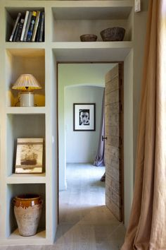 """create a small """"hall"""" entry and storage/display around door Bookshelves, Bookcase, Small Hall, Interior Architecture, Interior Design, Grey Houses, Built Ins, Ramen, Home Office"""