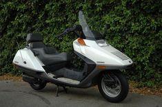 1986 Honda Helix 250   1995: Piaggio Hexagon 250 (прародитель Piaggio X10)
