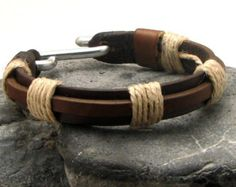EXPRESS SHIPPING Men's leather bracelet. Brown by eliziatelye