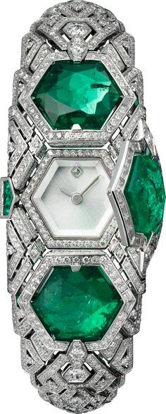 Reloj Alta JoyeríaModelo pequeño, oro blanco rodiado, esmeraldas, diamantes