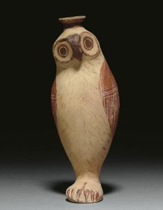 brown - Aryballos in the form of an owl standing with closed wings, its head turned slightly to its left, the vessel spout emerging from the top of its head - Italo-corinthian pottery (mid century BC) Owl Art, Bird Art, Ancient Artefacts, Ancient Greek Art, Pottery Animals, Greek Pottery, Animal Sculptures, Ceramic Art, Ceramic Birds