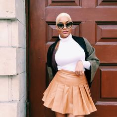 Celeb Boutique Leather Skirt styled by Elodie Trouiller - Guruellez Blogs