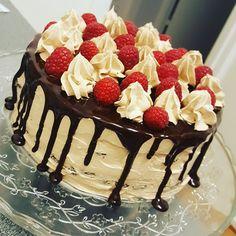 nouw.com/byjasmineitaliano Cake, Desserts, Food, Tailgate Desserts, Deserts, Kuchen, Essen, Postres, Meals