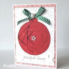 Witam,  dzisiaj chciałam zachęcić do wykonania prostej kartki świątecznej wykorzystując technikę iris folding.       Na początku trzeba zaop...