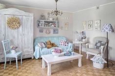 Casinha colorida: Granny Chic: da pátina as almofadas