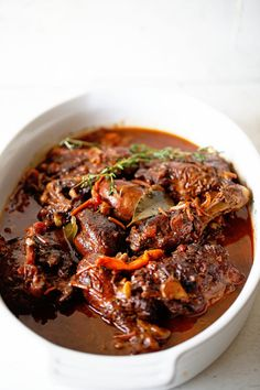 The BEST Authentic Jamaican Brown Stew Chicken! Jamaican Brown Stew Chicken, Jamaican Dishes, Jamaican Recipes, Stew Chicken Caribbean, Jamaican Rice, Oxtail Recipes, Pea Recipes, Dinner Recipes, Cooking Recipes