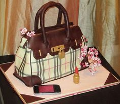 Burberry purse cake -totally looks like a real purse!