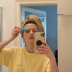 "Gefällt 227 Mal, 11 Kommentare - LISA PAC (@lisapacmusic) auf Instagram: ""Allergies 🥵 u feel me ? @berliner_luft_ 🌬"" Lisa, Allergies, Selfie, Feelings, Instagram, Selfies"