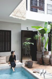 Her riad, The Secret Souk, is a glorious mix of Moroccan craftsmanship and industrial heritage. Small Backyard Pools, Backyard Pool Designs, Small Pools, Outdoor Spaces, Outdoor Living, Outdoor Decor, Home Interior Design, Interior And Exterior, Piscina Interior
