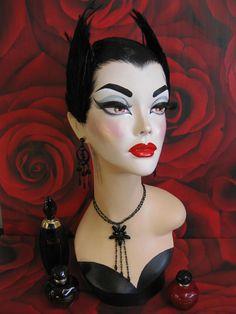 Black Swan Pinup Burlesque Mannequin Head Jewelry Hat Display