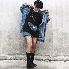 The 1914 boot, worn by b__a__n. Grunge Outfits, Dr. Martens, Ootd Fashion, Fashion Beauty, Zara, Diy Clothes, The Selection, Your Style, Jeans