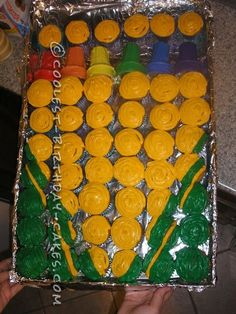 Coolest Crayon Box Birthday Cupcakes... This website is the Pinterest of birthday cake ideas