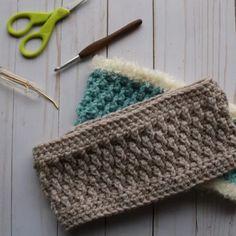 Ski Bunny Ear Warmers - free crochet pattern from Modern Crochet Crochet Basics, Knit Or Crochet, Free Crochet, Ski Bunnies, Bunny, Modern Crochet Patterns, Front Post Double Crochet, Headband Pattern, Chunky Yarn