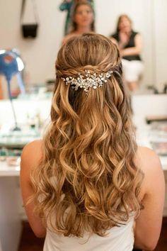 Super 15 Easy Hairstyles That You Can Celebrate at Weddings Super 15 Easy Frisuren, die Sie bei Hochzeiten feiern Hair . Wedding Hair Half, Wedding Hair And Makeup, Bridal Hair, Wedding Updo, Bride Hairstyles, Down Hairstyles, Cute Hairstyles, Hairstyle Ideas, Bridesmaid Hair