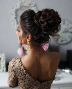 Wedding Hairstyles : Tonya Pushkareva Long Wedding Hairstyle for Bridal via tonyastylist / www.himis lange frisuren 2019 Wedding Hairstyles : Tonya Pushkareva Long Wedding Hairstyle for Bridal via tonyastylist / www. Wedding Hairstyles For Long Hair, Wedding Hair And Makeup, Formal Hairstyles, Bride Hairstyles, Down Hairstyles, Bridal Hair, Hairstyle Ideas, Hair Wedding, Curled Updo Hairstyles