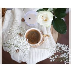 #flatlay #flatlayphotography #coffee #flatlaycoffee Flat Lay Photography, My Photos, Blog, Photo And Video, Coffee, Instagram, Kaffee, Blogging, Cup Of Coffee