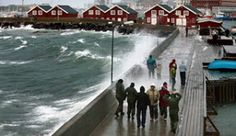 A walk on the quay in Bodø, Norway, in stormy weather - Photo: Bjørn Erik Olsen