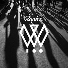 Rapha have just announced that their third Women's 100 will take place on the 26th of July 2015!! Rapha is inviting women around the world to ride 100km on the same day. Last year, more than 8,000 cyclists participated in the Rapha Women's 100, and this year they are hoping to double that number! Great way to meet new friends and promote women's cycling! To join and find out more visit www.rapha.cc/womens100 Great photo by @jakestangel .