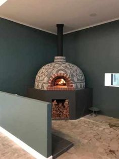 Pizza Oven Mosaics - Mosaic Eternity - Mosaic Artist For Mosaic Work Diy Pizza Oven, Pizza Oven Outdoor, Pizza Ovens, Pizza Oven Fireplace, Diy Fireplace, Oven Design, Four A Pizza, House Extension Design, Wood Fired Oven