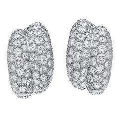 VAN CLEEF & ARPELS Pavé Diamond Bombé Earclips