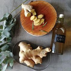 Zázvorový likér pro zdraví - recept se slivovicí (vodkou)   MORA Vodka, Ale, Stuffed Mushrooms, Dairy, Cheese, Vegetables, Recipes, Food, Stuff Mushrooms