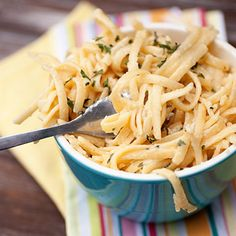 Buns In My Oven » Creamy Garlic Pasta