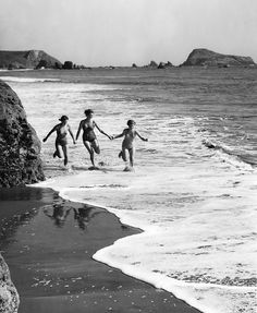 """So beautiful! """"Racing the waves near Brookings, Oregon"""" by OSU Special Collections & Archives, via Flickr"""