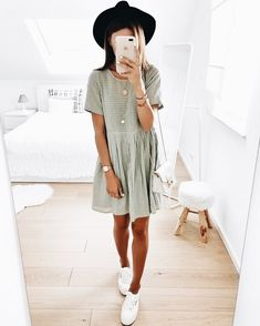 Shirt Dress, T Shirt, Dress Skirt, Spring Looks, Classy, Spring Fashion, Summer Outfits, Fashion Accessories, Ootd