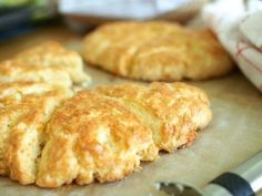 Cheddar-Skonssit Savory Pastry, Savoury Baking, Salty Foods, Kitchen Time, Scones, Cheddar, Sunnuntai, Food And Drink, Gluten Free