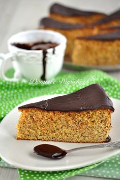 Ciasto orzechowo- marchewkowe Polish Recipes, Polish Food, Sweets Cake, Tasty Dishes, Sweet Recipes, Banana Bread, French Toast, Food And Drink, Cooking Recipes