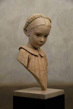 BERIT Norwegian artist, Bérit sculpts little girls in bronze, permanently presents at the SAKA. Sculptures Céramiques, Art Sculpture, Sculpture Ideas, Modelos 3d, Oeuvre D'art, Clay Art, Creative Art, Sculpting, Contemporary Art