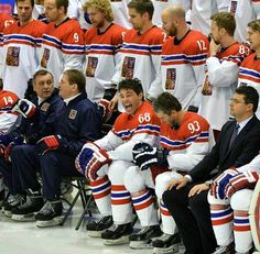 The Czech Republic Team starring Jaromir Jagr (the happiest man in the world) and possibly Petr Nedved beside him.