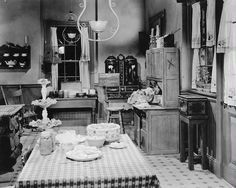 The Smith Kitchen  Meet Me in St. Louis (1944)