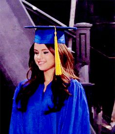 Selena Gomez as Alex Russo in Wizards Of Waverly Place. Selena Gomez Gif, Selena And Taylor, Alex Russo, Wizards Of Waverly Place, Old Disney, Son Luna, Marie Gomez, Celebs, Celebrities