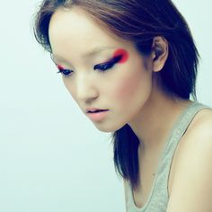 Cat eye with red
