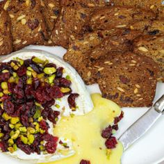 Guest Recipe: Kate's Cranberry Pumpkin Seed Crackers - skinnymixers