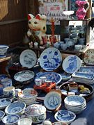 Flea markets and antiques Japan National Tourism Organization | Plan Your Trip | Shopping & Dining | Shopping | Market & Morning market information | Antique markets & flea markets