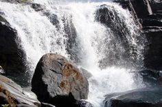 It is one of the familiar tourist attractions in India and also the second highest waterfall in the country.